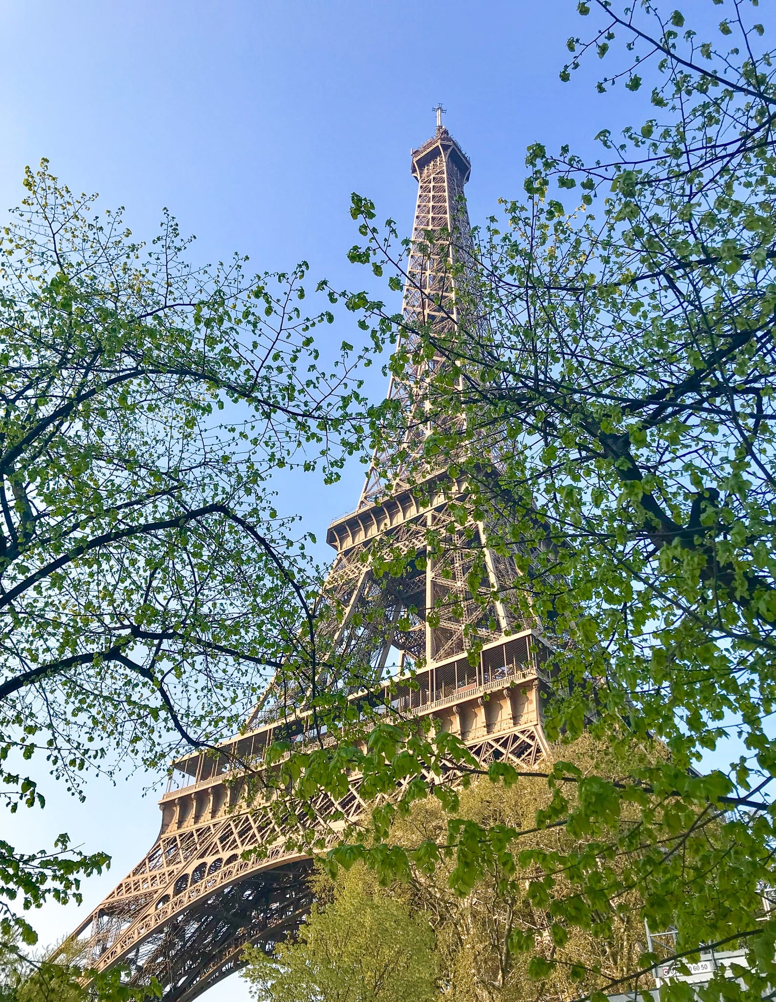 4 days in Paris - The Eiffel Tower in the Spring